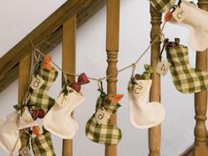 Sewing warm advent calendar – instructions and 35 examples - New Decoration ideas Christmas Countdown, Xmas Decorations, Ladder Decor, Advent Calendar, Christmas Stockings, Warm, Quilts, Sewing, Holiday Decor