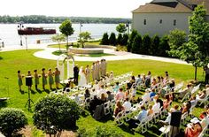 Stone Harbor Resort has a beautiful grassy waterfront for your outdoor Door County wedding. Photo by Art of Exposure.