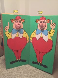 'Tweedle Dum and Tweedle Dee' face in the hole boards