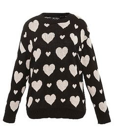 Ruby's Closet Black Heart Print Jumper from New Look. Saved to Cute Clothes~! Shop more products from New Look on Wanelo. Style Wish, Looks Style, My Style, Teen Guy Fashion, Fashion Outfits, Jumper, Black Ruby, Looks Plus Size, Black Heart