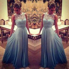 Confira lindos modelos de vestidos para madrinha de casamento 2016. Veja dicas, sugestões e muitas fotos de vestidos para madrinha de casamento 2016!