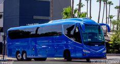 Ônibus da empresa Ônibus Particulares, carro i8, carroceria Irizar i8, chassi…