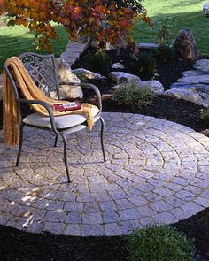 See all paving stones and products from Belgard, like porcelain patio pavers, retaining wall interlocking pavers, and other outdoor paving products. Backyard Walkway, Garden Pavers, Backyard Landscaping, Pavers Patio, Walkway Ideas, Pergola Ideas, Patio Circulaire, Landscape Design, Garden Design
