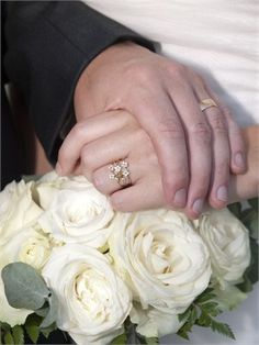 Wedding Ring with flower details