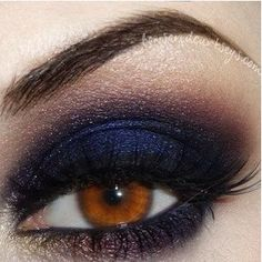 Love this blue smokey eye