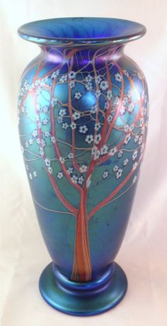 Orient & Flume s Iridescent Blue Hawthorn Vase! Iridescent, Vases, Glass Art, Bottles, Blue, Beautiful, Ebay, Ideas, Products