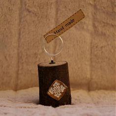adis / stojan na fotku *3 Place Cards, Place Card Holders, Handmade, Diy, Do It Yourself, Hand Made, Bricolage, Craft, Homemade