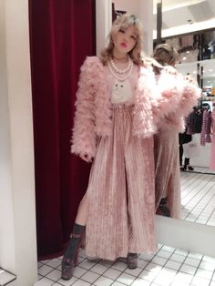 Onespo Harajuku Fashion, Kawaii Fashion, Cute Fashion, Mode Lookbook, Fashion Lookbook, Runway Fashion, Spring Fashion, Kei Visual, Kawaii Clothes