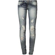 Coole #Jeans von #Only. Die #Usedeffekte unterstreichen den coolen #Look der Jeans. ♥ ab 39,95 €