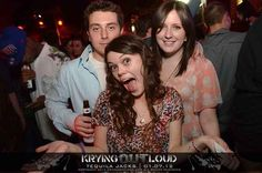 Then there's the legendary reddit user simply known as Photobomb Girl .   The 30 Most Important Photobombs Of 2013