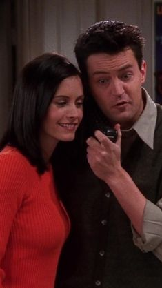 friendsedit — like if you save or © howrobyn Monica Friends, Joey Friends, Friends Cast, Friends Tv Show, Friends Family, Friends Scenes, Friends Moments, Serie Friends, Monica And Chandler