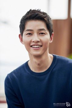 Song Joong Ki is highly in demand right now both in South Korea s entertainment industry and perhaps in most girls ideal man list So Park Hae Jin, Park Seo Joon, Daejeon, Korean Celebrities, Korean Actors, Korean Guys, Celebs, Song Joong Ki Cute, Soon Joong Ki