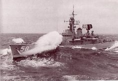 HMAS SWAN (RIVER CLASS ANTI AIRCRAFT FRIGATE) Royal Australian Navy, Rainy Sunday, Navy Man, Naval History, Armada, Navy Ships, Battleship, Swan, Past