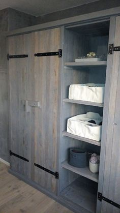 Looking to design a walk-in closet in your home? Let California Closets design a premium closet solution that matches your style, storage needs and budget. Closet Design, Cabin Bedroom, Home, Cabin Decor, Mudroom Remodel, Diy Furniture Bedroom, Bedroom Storage, Rustic Bedroom, Built In Wardrobe