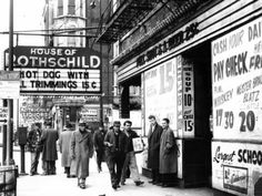 Chicago's Skid Row -- Chicago Tribune Skid Row at Madison and Desplaines Streets in Chicago, no date. Chicago City, Chicago Tribune, Chicago Pictures, Chicago Neighborhoods, Skid Row, State Street, My Kind Of Town, Scenic Design, Bus Stop