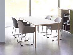 Arco Slim tafel fineer eiken #arco #dutchdesign #office #kantoor #vergadertafel #design #overlegtafel