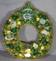 Green Bay Packers Wreath, I want this for my front door this year