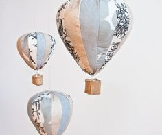 Quite in love with this hot air balloon patchwork mobile for the nursery or above the crib