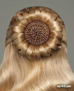 STYLING Model Hair ≈ :: Sunflower Bun