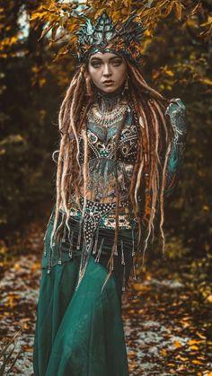 """ПОКАХОНТАС"" Bohemian and Tribal style Fantasy Girl, Lion Noir, Dreads Girl, Style Ethnique, Photo Portrait, Fantasy Photography, Fantasy Costumes, Belly Dancers, Inked Girls"