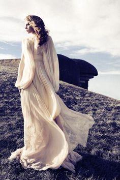 Voluminous Sleeves / Wedding Style Inspiration / LANE