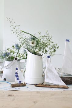 Lotts and Lots | DIY and creative living for the modern maker: Styling The Seasons