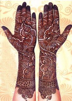 Here are the best bridal mehndi designs 2019 trends in India and Pakistan. Beautiful traditional henna designs are most popular all around the world. Henna Hand Designs, Mehndi Designs Finger, Wedding Henna Designs, Latest Bridal Mehndi Designs, Full Hand Mehndi Designs, Mehndi Designs 2018, Mehndi Designs For Girls, Beautiful Henna Designs, Arabic Mehndi Designs Brides