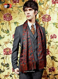 Ben Whishaw scarf