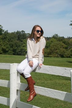 classic Fall style, perfect way to do white in fall