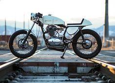 Ducati 350 Cafe Racer - @york.st #motorcycles #caferacer #motos | caferacerpasion.com