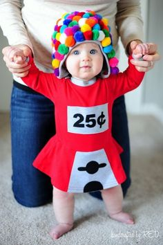Diy halloween costumes 198299189829288941 - Your toddler will one-up every piece of Halloween candy in a DIY gumball machine costume. Source by countryliving Quick N Easy Halloween Costumes, Halloween Mono, Halloween Bebes, Bonbon Halloween, Diy Halloween Costumes For Kids, Halloween Candy, Halloween Couples, Group Halloween, Homemade Costumes