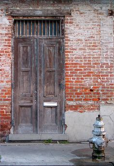 new orleans door & hydrant colour by Barney Wrightson, via Flickr