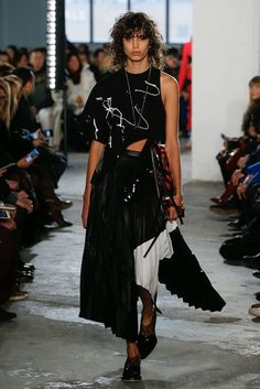 Proenza Schouler Fall 2017 Ready-to-Wear Fashion Show - Mica Arganaraz