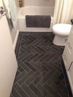 Amazing Small Master Bathroom Tile Makeover Design Ideas - Page 30 of 59 Cheap Bathrooms, Amazing Bathrooms, Small Bathrooms, Gray Bathrooms, Bathroom Pink, Bathroom Floor Tiles, Bathroom Cabinets, Cheap Bathroom Flooring, Restroom Cabinets