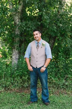 Elopement at The Mast Farm Inn Featured on Simply Elope Summer Destination Elopement by Revival Photography