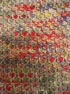 Honeycomb crochet stitch - WITH THE PATTERN AND A VIDEO!!!http://www.hookedonneedles.com/2009/09/learn-to-crochet-tunisian-honeycomb.html