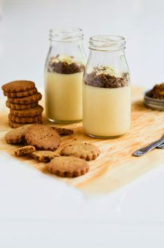 zabaglione with toasted pistachio short bread crumble