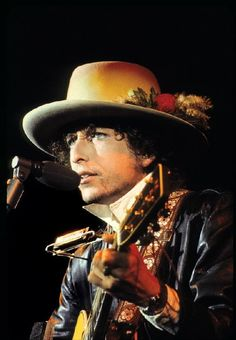 soundsof71:   Bob Dylan, Rolling Thunder Revue,... - MOONLIGHT DRIVE