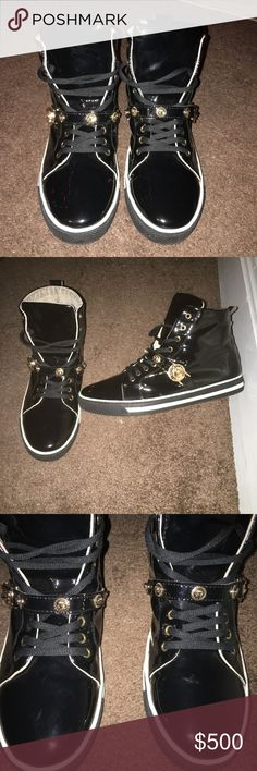 Versace Men's Patent Leather Shoes Size 9 Black and gold . Suede on inside Versace Shoes Sneakers