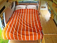 Bed vw T3 Vw Vanagon, Diy Interior, Happy Campers, Comforters, Blanket, Bed, Furniture, Home Decor, Interiors