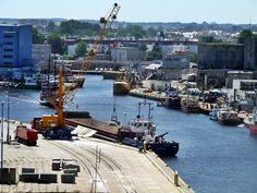 Kołobrzeg 2oo8 - widok z latarni na port
