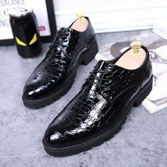 31.20$  Watch now - http://alibm6.shopchina.info/1/go.php?t=32811859390 - new style men luxury wedding party dress breathable soft genuine leather shoes fashion crocodile grain oxfords shoe pointed toe  #buychinaproducts