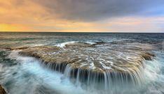 Morze, Fale, Zachód słońca, Skała