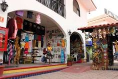 Shopping - Cabo San Lucas  the Los Cabos area that includes San José del Cabo, offers a wide variety of things to do, sports, tours, activities and just plain sightseeing.