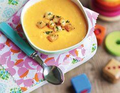 Zupa marchwiowo-ziemniaczana z grzankami ziołowymi