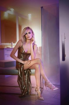 Shop the Look from SCAC on ShopStyle - Cara Delevingne welcomes the holidays in style as the face of Jimmy Choo's resort 2018 campaign. The iconic shoe brand tapped the British actress and model for images and a short film. Captured in New York City, Cara Jimmy Choo, Playboy, Victoria Secret, Cara Delevingne Style, 70s Fashion, Fashion Weeks, Milan Fashion, Fashion Brands, Diwali
