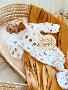 Shop the cutest newborn knotted gowns ever! Buttery soft and the biggest online selection of prints and solids! Matching swaddles and bow headbands available. Baby Outfits, Kids Outfits, Newborn Outfit, Baby Newborn, Cute Kids, Cute Babies, Cute Baby Clothes, Babies Clothes, Baby Girl Fashion