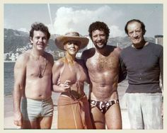 Silvia Pinal y Tom Jones Tom Jones Singer, Sir Tom Jones, Hollywood Men, Hollywood Celebrities, Elvis Presley Quotes, Hot Country Boys, Yul Brynner, Blonde Boys, Star Wars