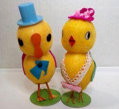 "Vintage Easter Chick Couple dressed for Easter marked Japan 4 3/4""H"