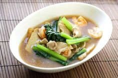 Penang Char Hor Fun Recipe (炒河粉)_with Shrimp, Pork Meat, Bay Scallops, and Fish Cakes